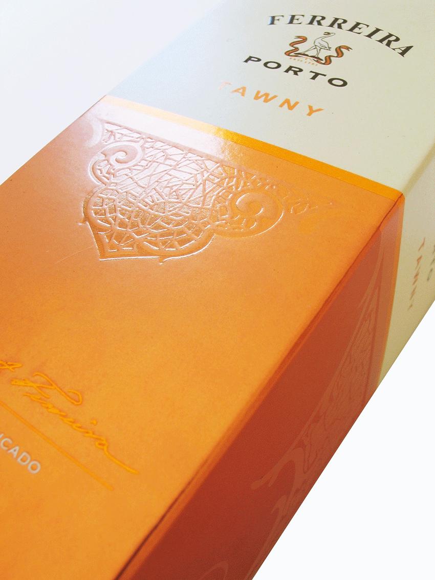 UV Artes Gráficas - Embalagem de Vinho - Detalhe
